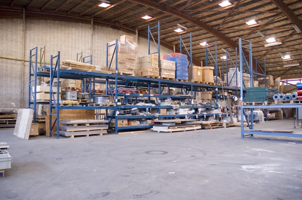 Warehouse-cleanout-services-BumbleJunk-Junk-Removal-Baltimore